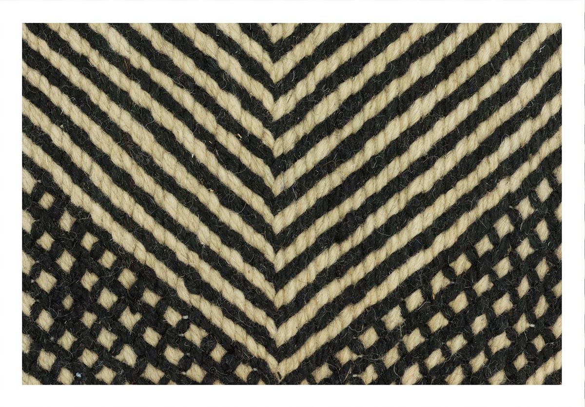KILIM RIAD 10 OFF WHITE BLACK